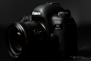 Canon 5D4 Product