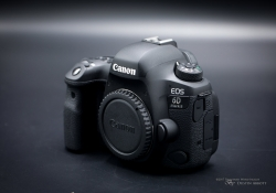 Canon EOS 6D Mark II-8